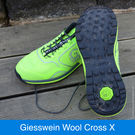 Giesswein Wool Cross X Lime Men mit Micro-Grip-Sohle.